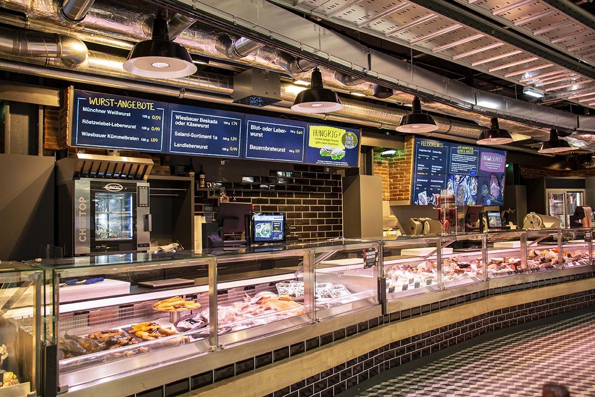 22 Bildschirmsysteme wurden im neuen EDEKA Markt in der Fürstenrieder Straße installiert...
