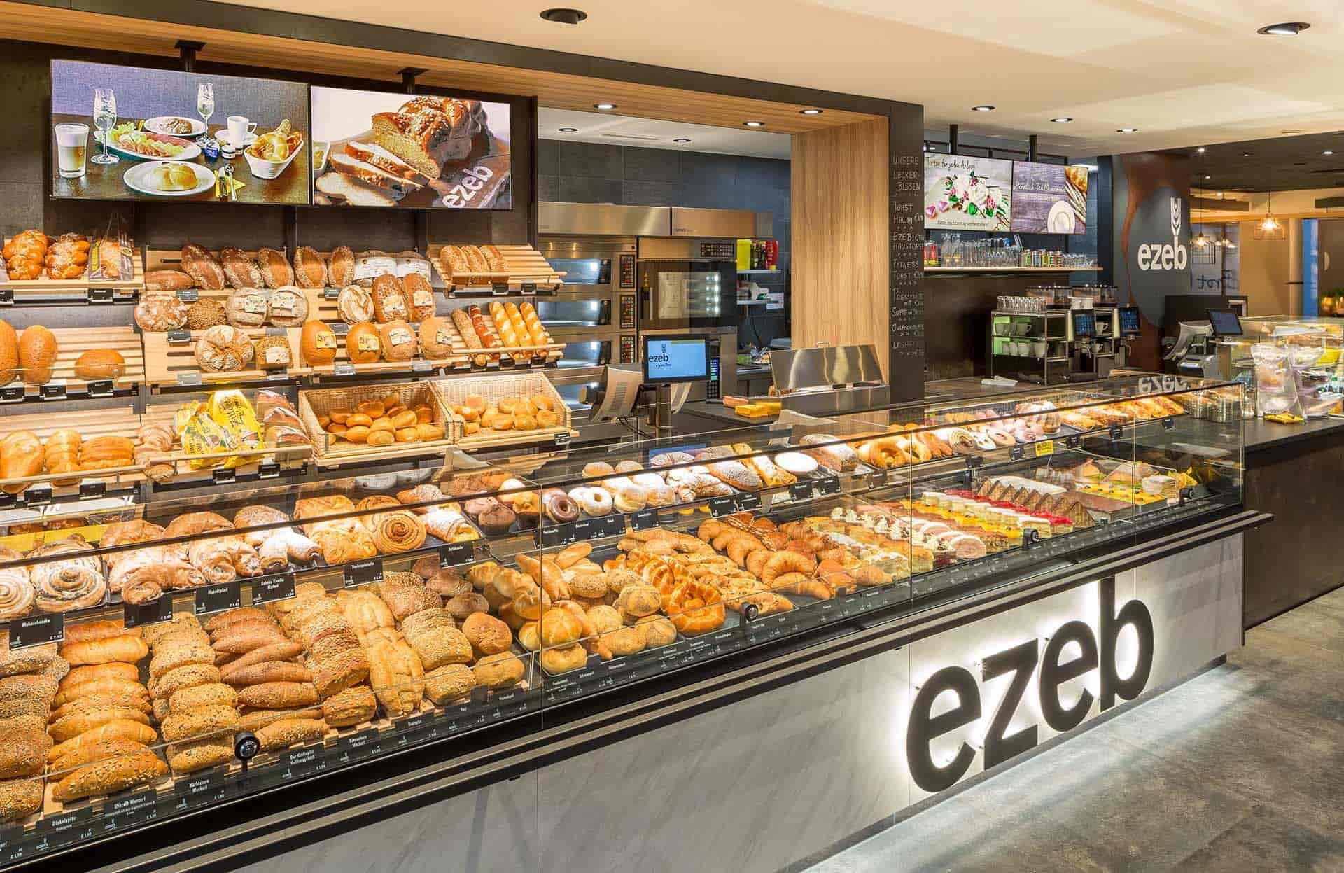 In Tirol durften wir weitere Filialen des Zillertaler Traditionsunternehmen Ezeb Brot mit Digital Signage ausstatten...