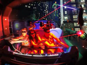 Kristin Siebeneicher | Park Comm. Dir. Six Flags, Great Adventure