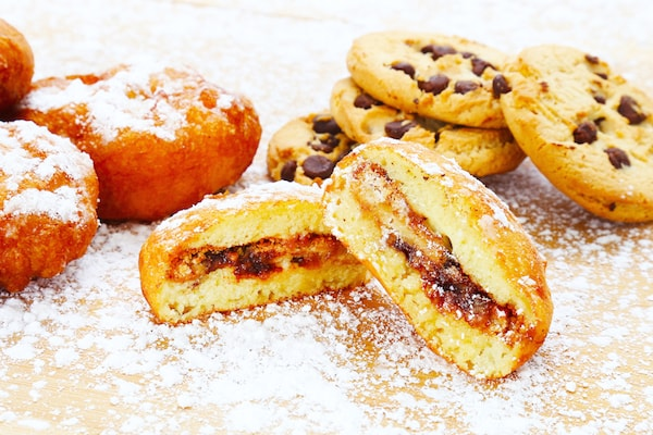 Desserts Deep-Fried Chocolate Chip Cookies
