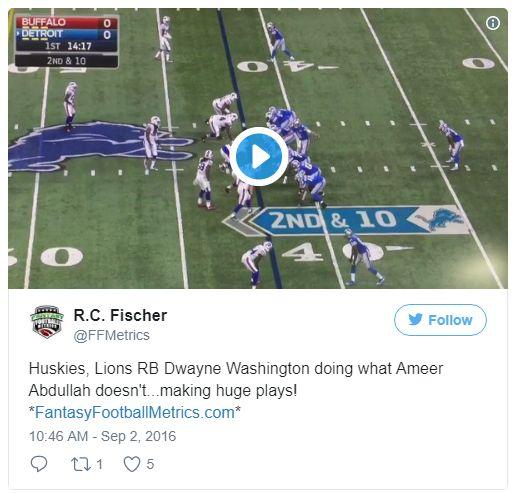 Huskies, Lions RB Dwayne Washington doing what Ameer Abdullah doesn't