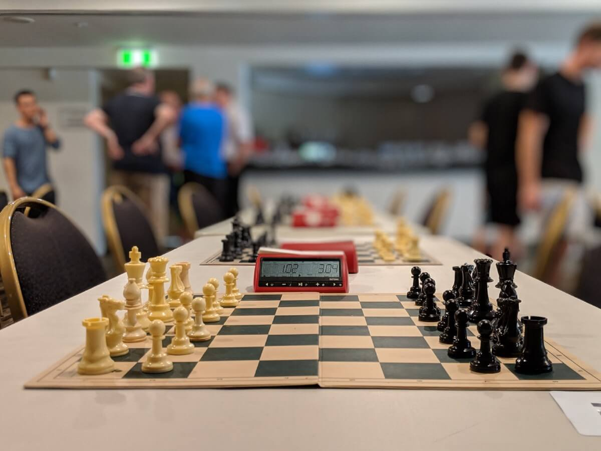Научиться играть в шахматы с нуля