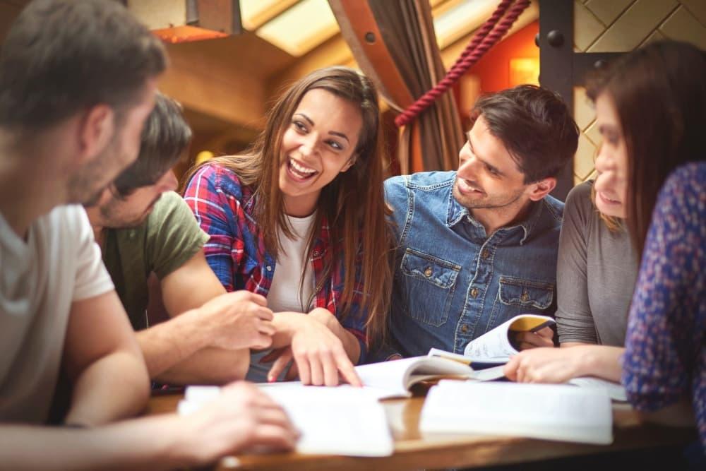 Учиться общаться - принцип непрерывного обучения