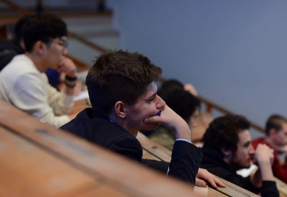 Сложно ли учиться в МГТУ им. Баумана