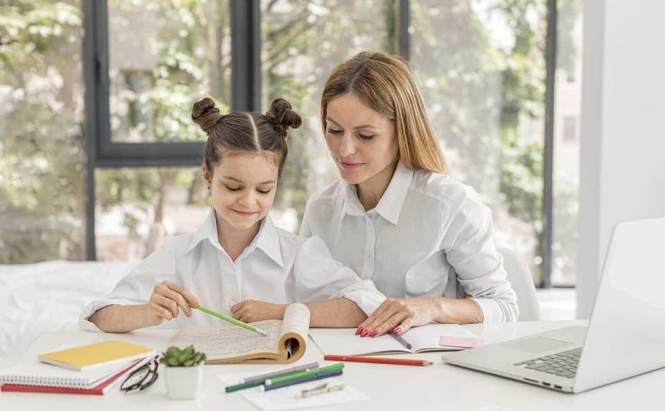 Можно ли не отдавать ребёнка в школу