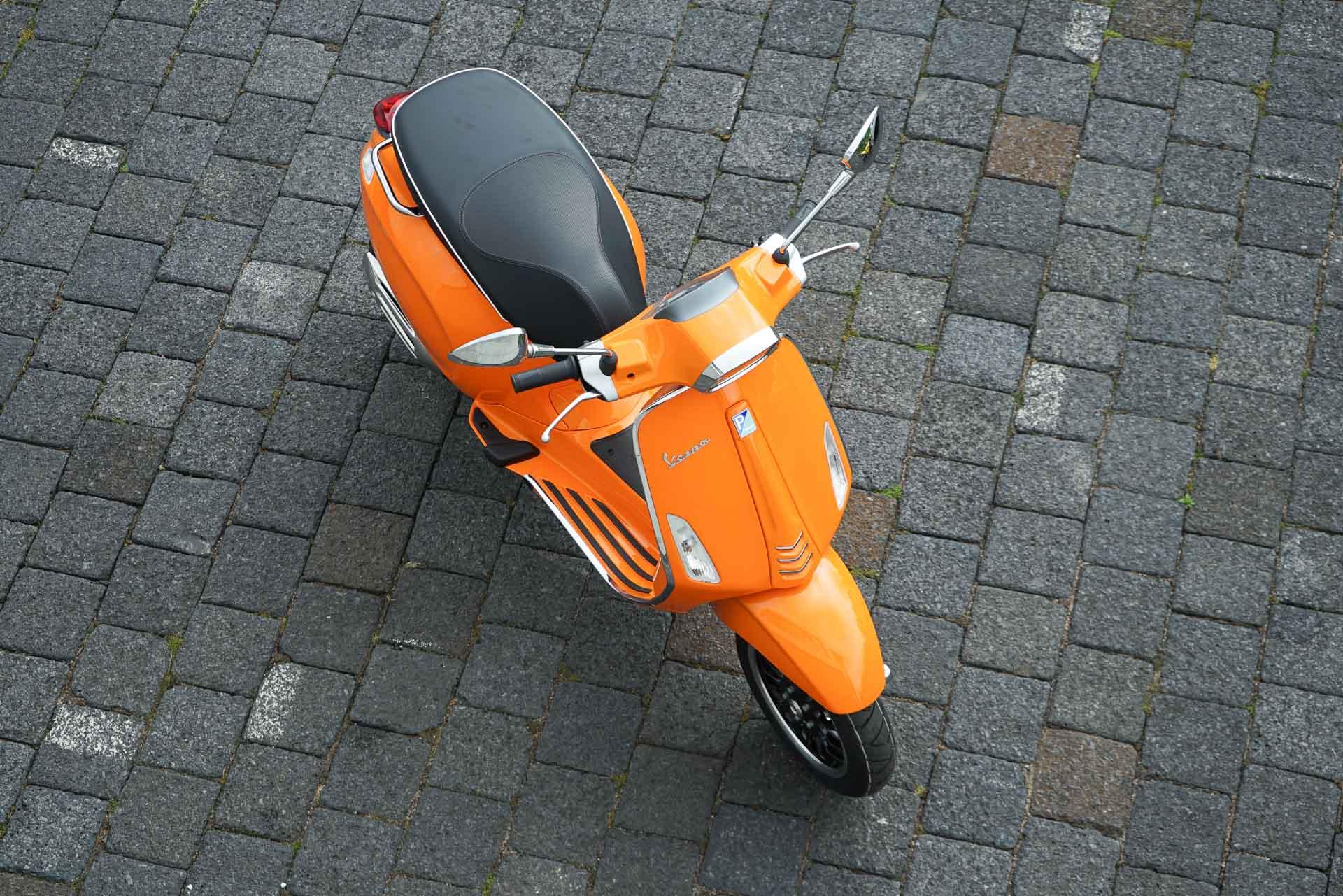 Vespa oranje Schijfremmen voorkant