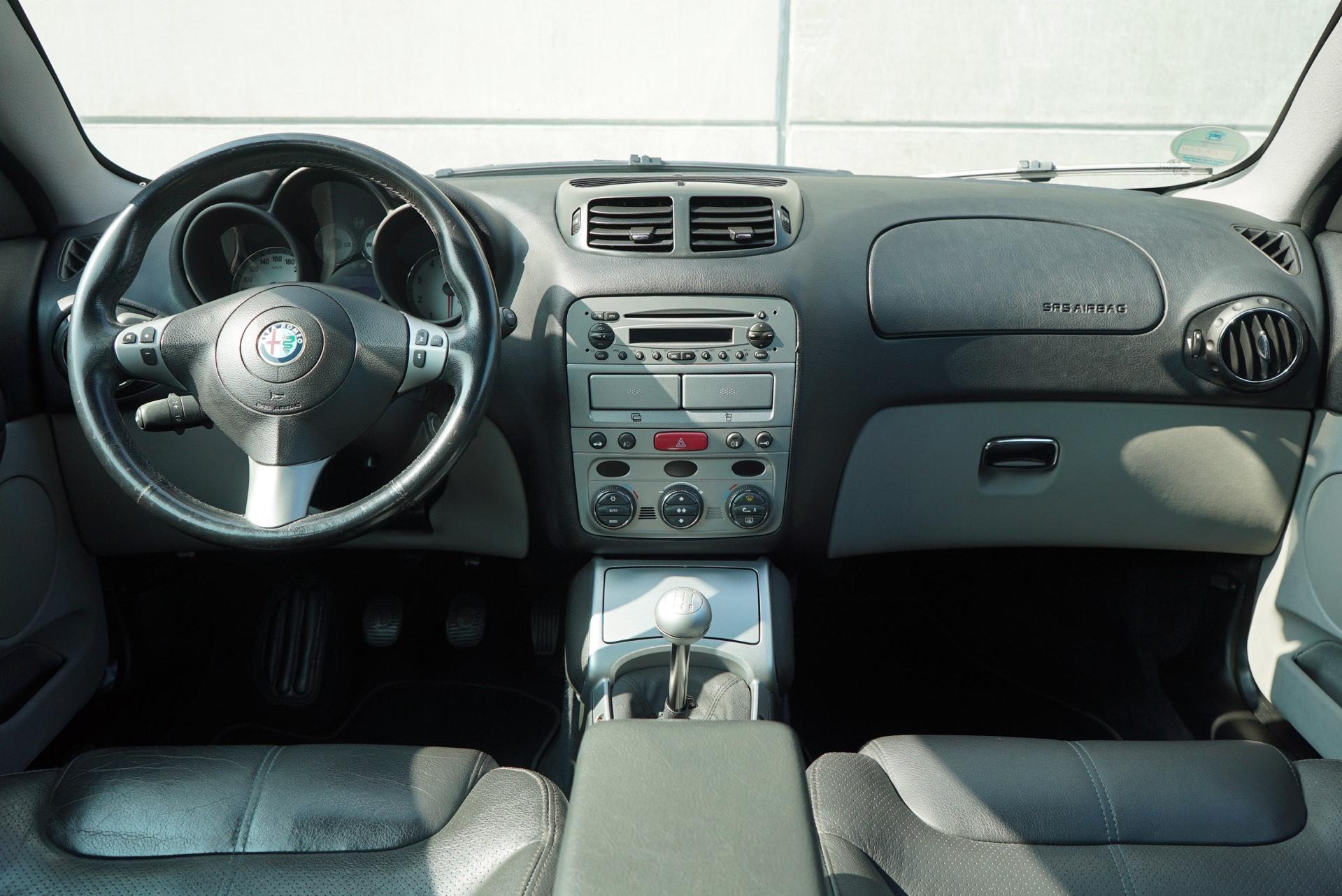 Alfa Romeo Gt 2.0 JTS 16V Distinctive Grigio