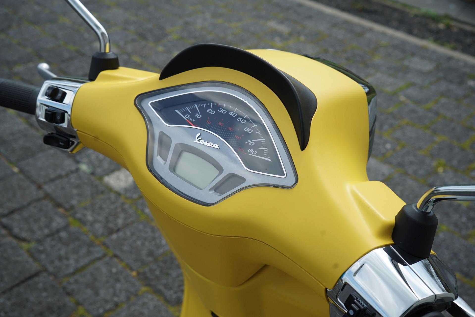 Vespa geel Schijfremmen voorkant
