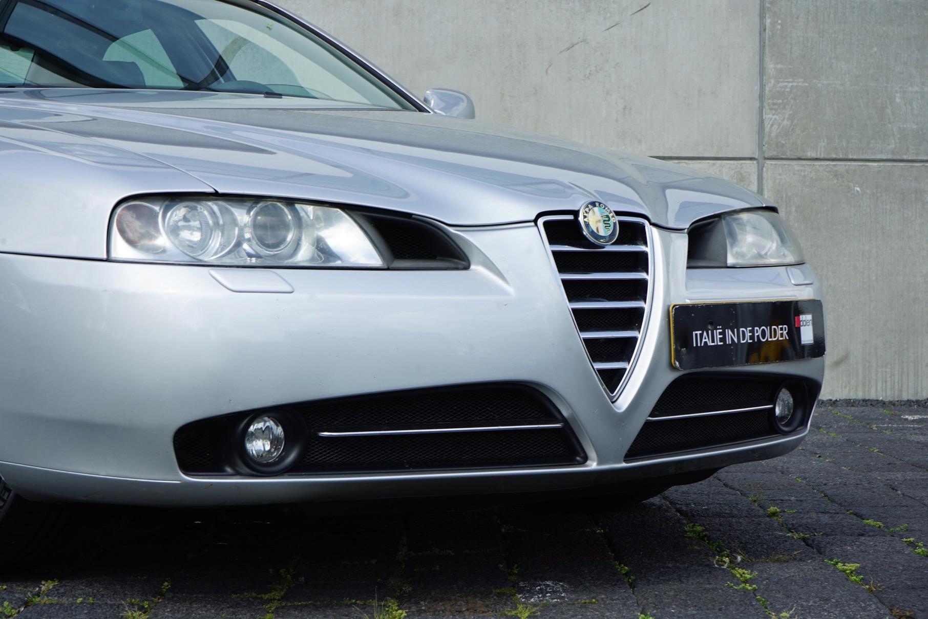 ALFA ROMEO 166 3.0 V6 SPORTRONIC