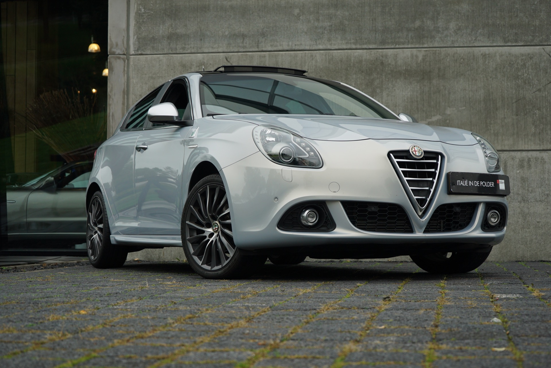 ALFA GIULIETTA 1.4 TURBO DISTINCTIVE SAVALI 150PK
