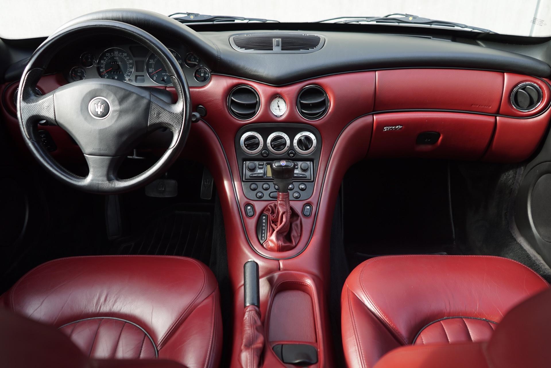 MASERATI 3200 V8 GTA NERO