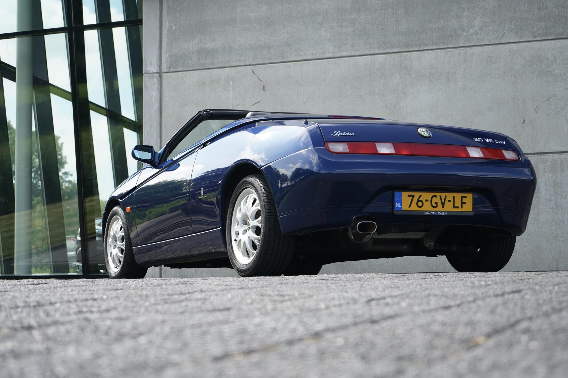 ALFA SPIDER 3.0 V6 24V L