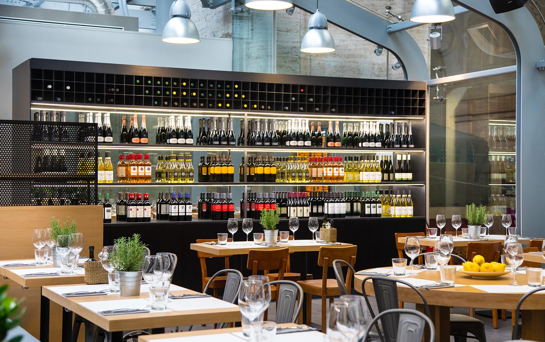 Table Centrale De Cuisine obicà mozzarella bar - italian restaurant and pizzeria in