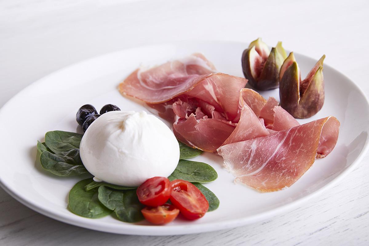 Mozzarella, Prosciutto di Suino Nero dei Nebrodi e Fichi