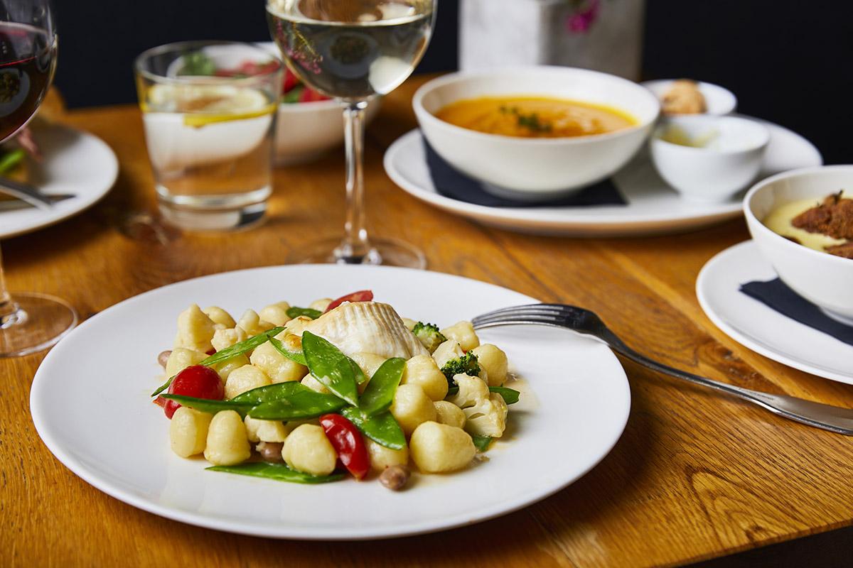 Gnocchi con Burrata Affumicata e Verdure