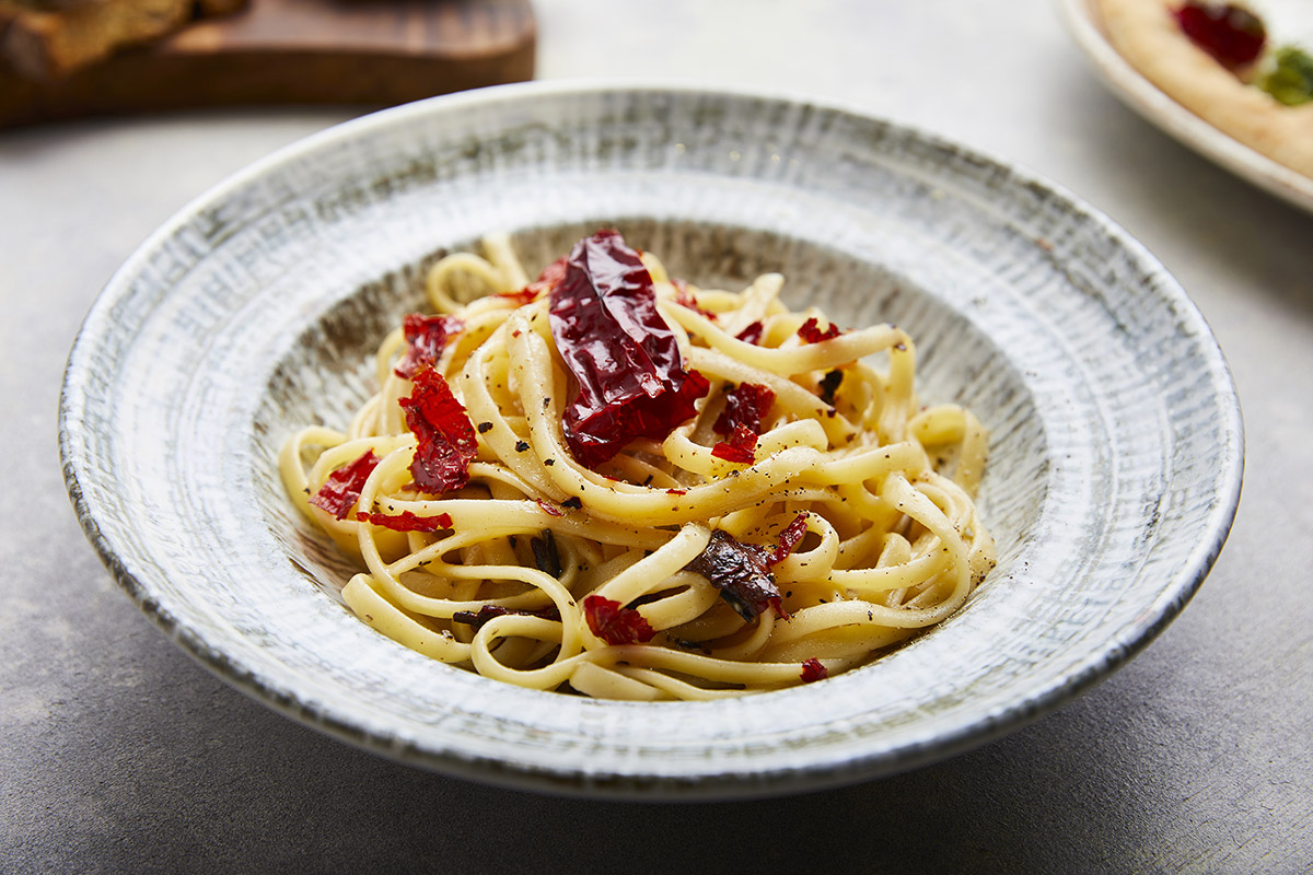 Linguine with Crusco Pepper from Senise IGP