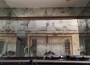 Mirrored Splashbacks - Beautiful Kitchen Panelling
