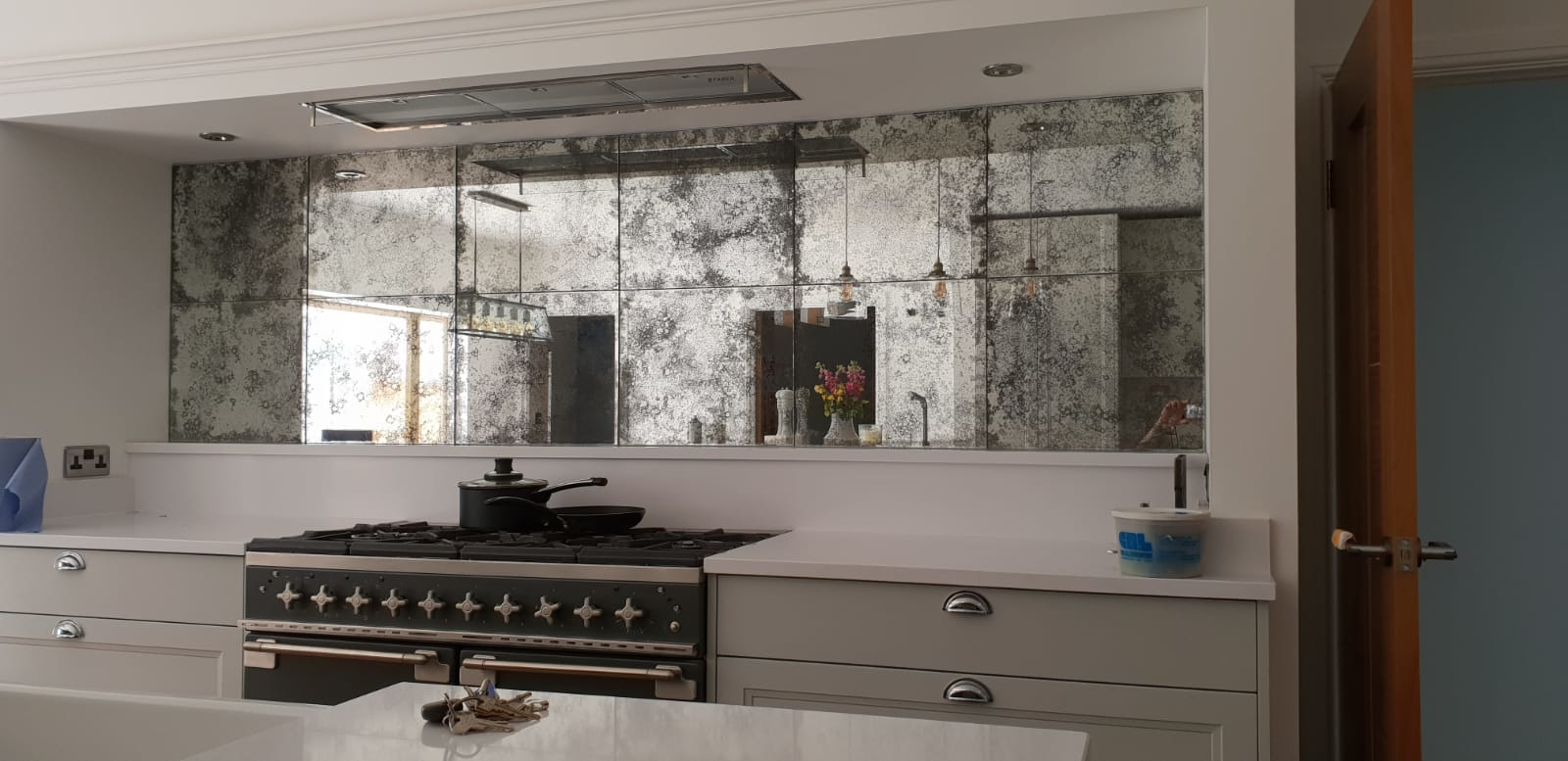 Tiled effect in kitchen