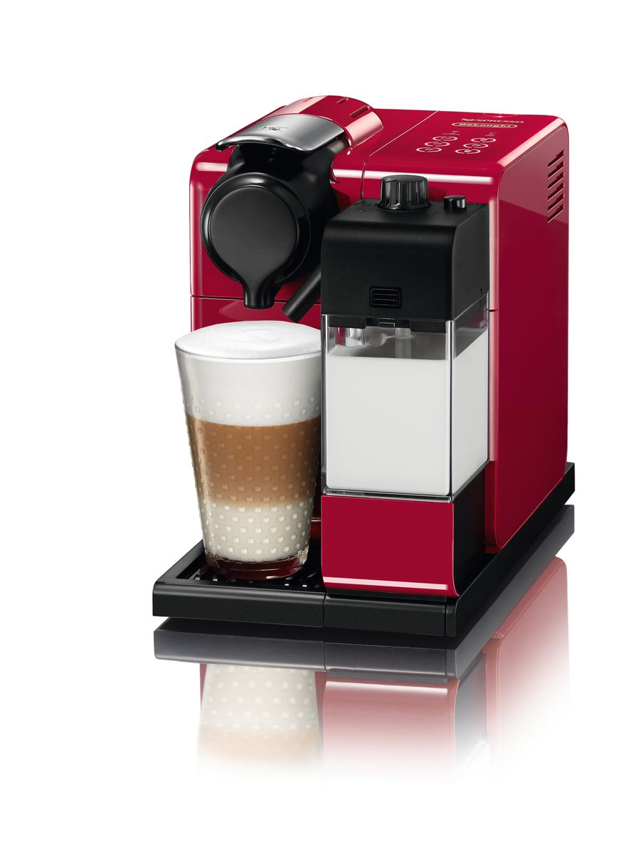 Кофемашина Delonghi Nespresso Lattissima Touch красного цвета