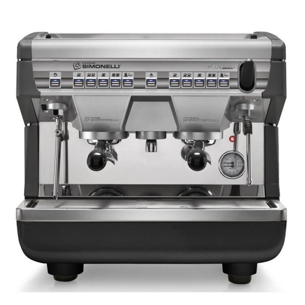 Фото вид спереди рожковой кофемашины Nuova Simonelli Appia II Compact 2 Gr S высокие группы + экономайзер