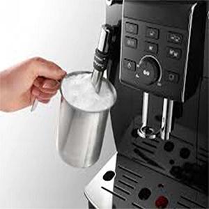 каппучинатор снабжен регулятором пены в кофемашине De'Longhi ECAM 23.120