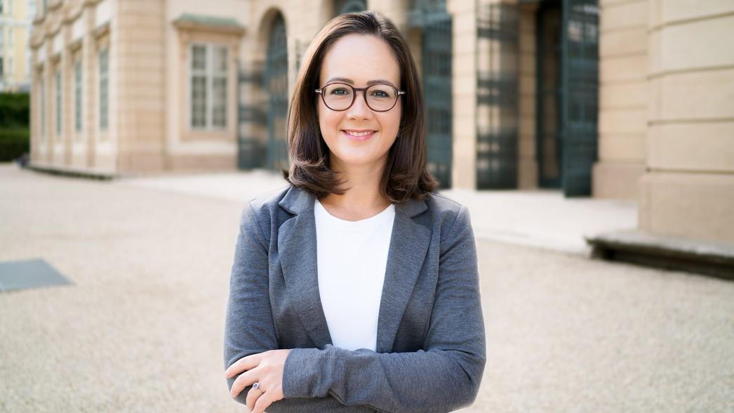 Portrait der Referentin Tina Deutsch
