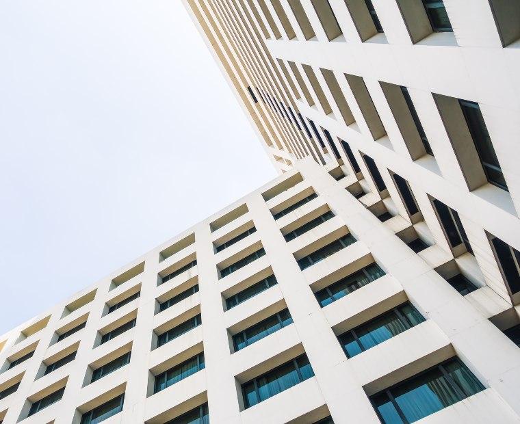 ¿Cada cuánto se deben hacer las certificaciones de gas en el edificio?