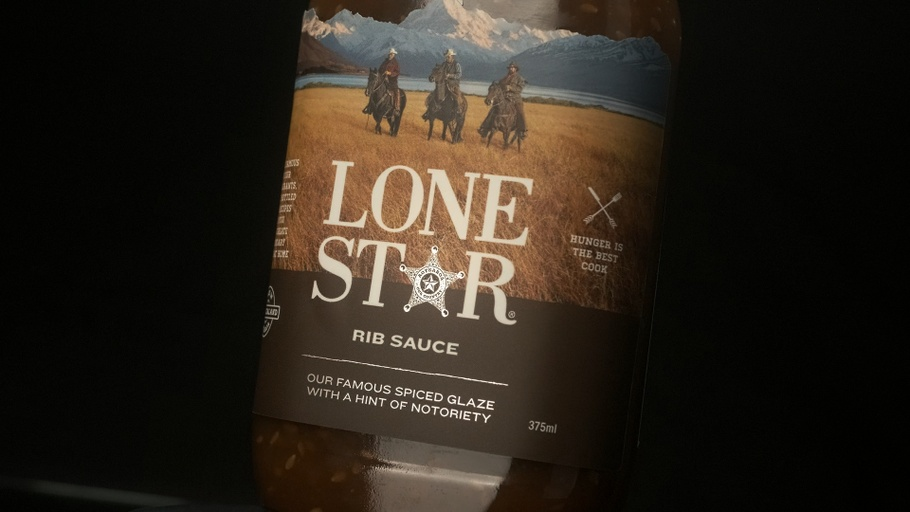 Lone Star at Home - Samuel Ling