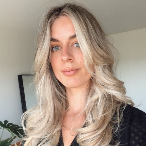 Amanda Laurence