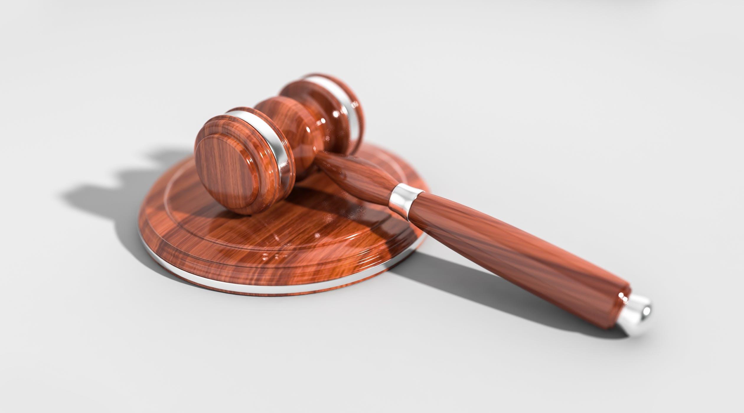 En tvist afgøres i sidste ende ved en retssag