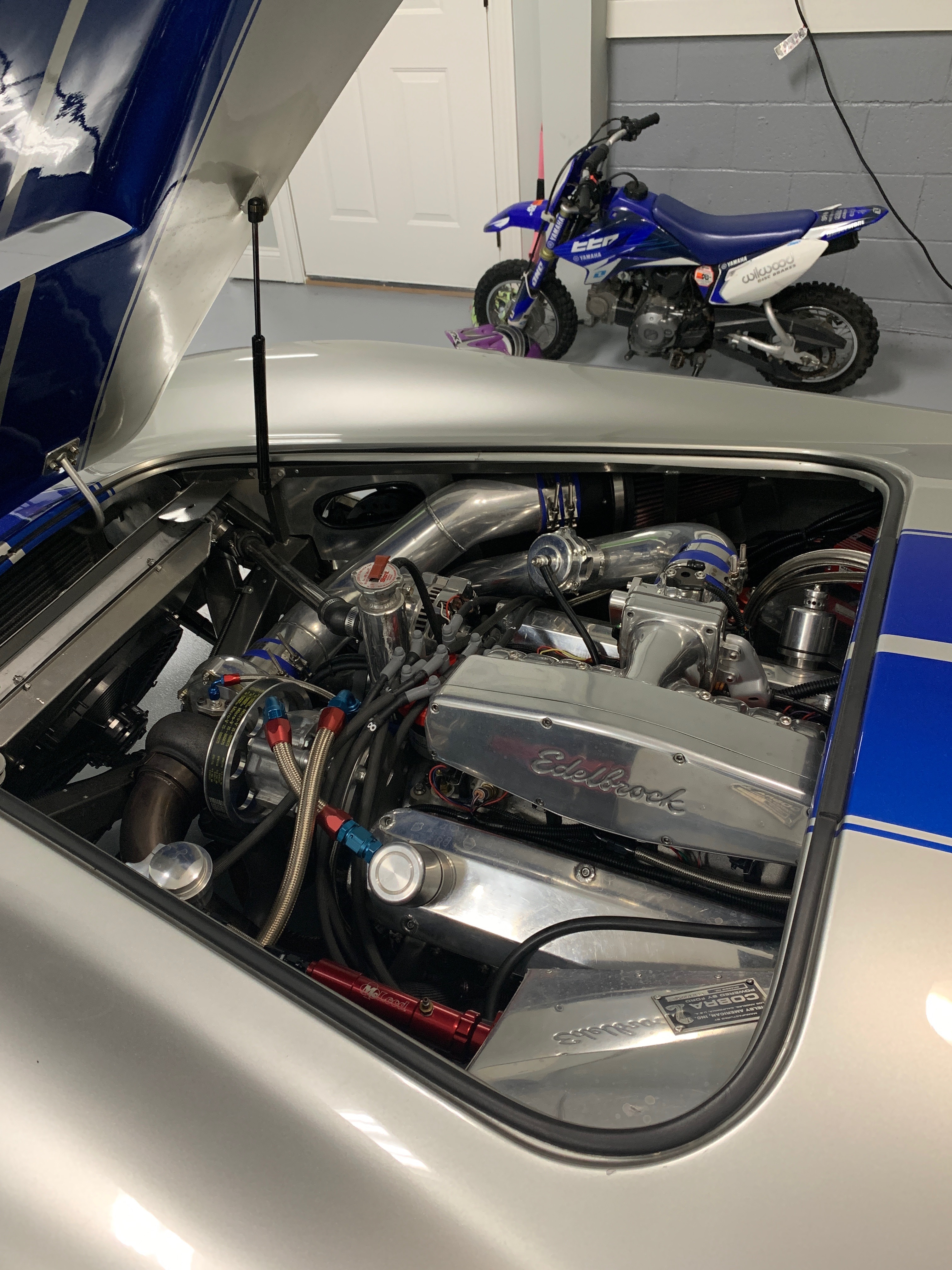 under the hood of a 1965 ac cobra