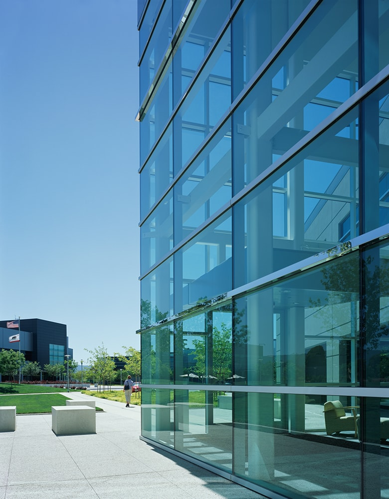 Microsoft Silicon Valley Campus by Quezada Architecture (Fred Quezada, Cecilia Quezada, Ed Tingley)