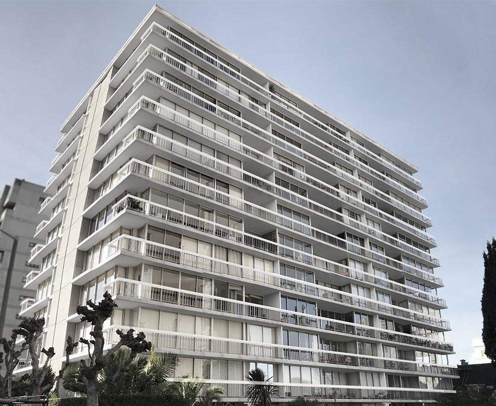 Broadway Towers by Quezada Architecture (Fred Quezada, Cecilia Quezada, Ed Tingley)