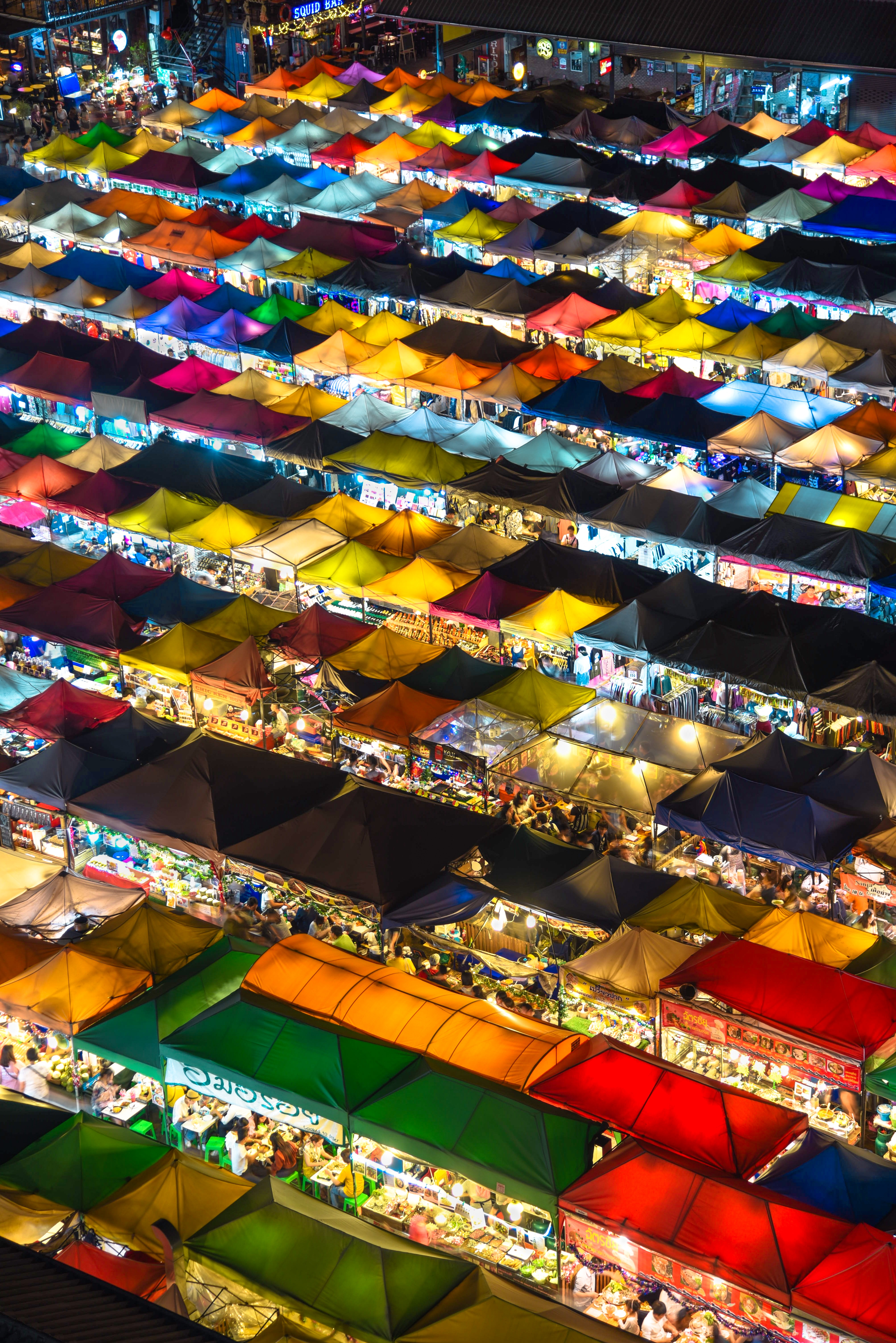 Remote Year Inspiring Places Photography Competition with Unsplash | Sam Beasley Market in Bangkok