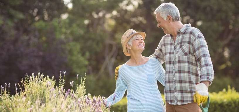 retired couple in backyard