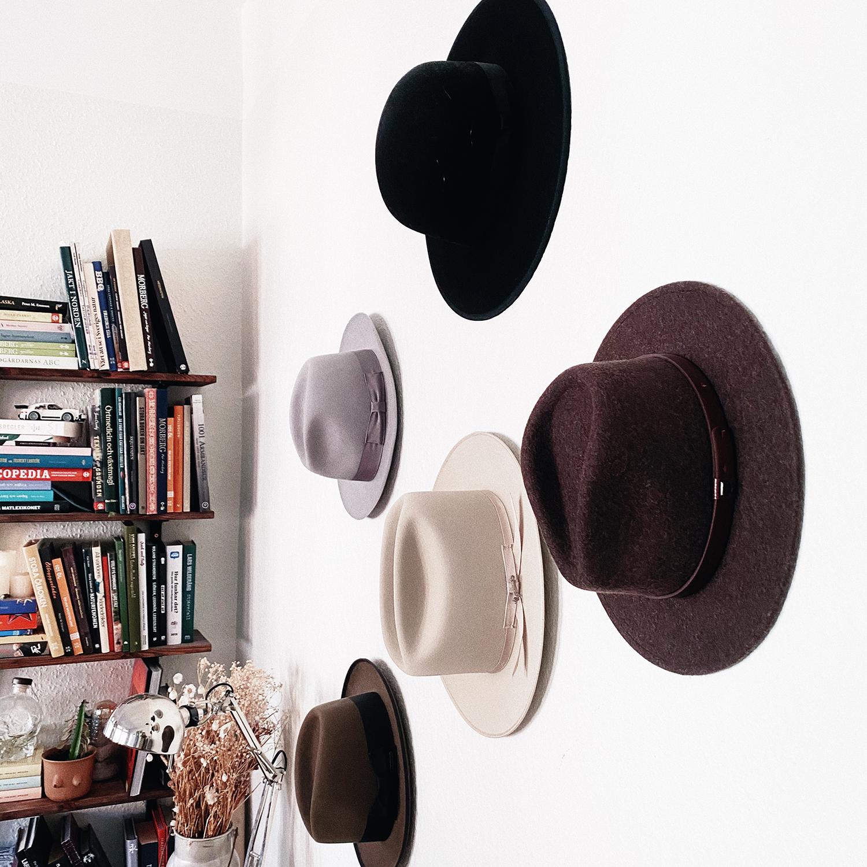 Lite tips på hur du kan style:a ditt hem med dina hattar