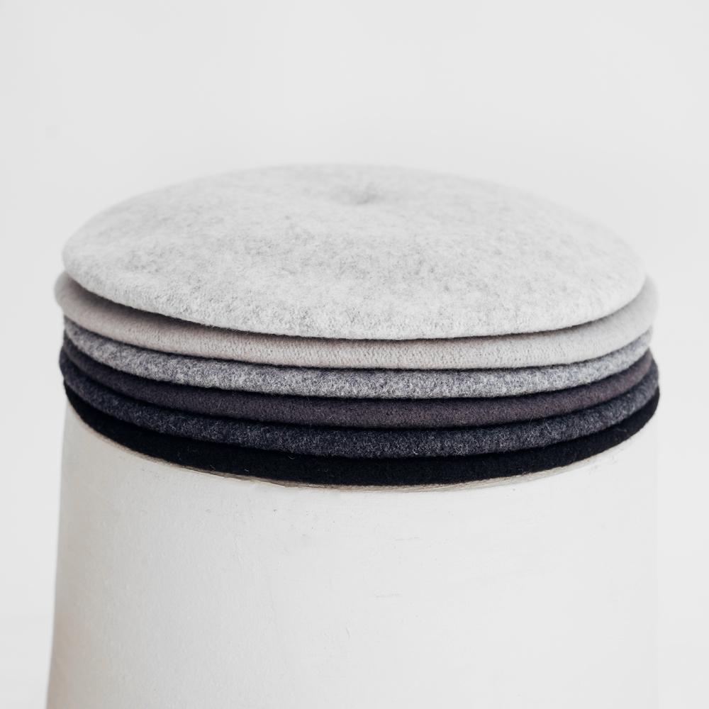 Hatthyllan Beret Palette - Black/Grey