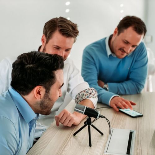 Aufnahme eines Jobcasts bei der IT-Beratung Makonis.