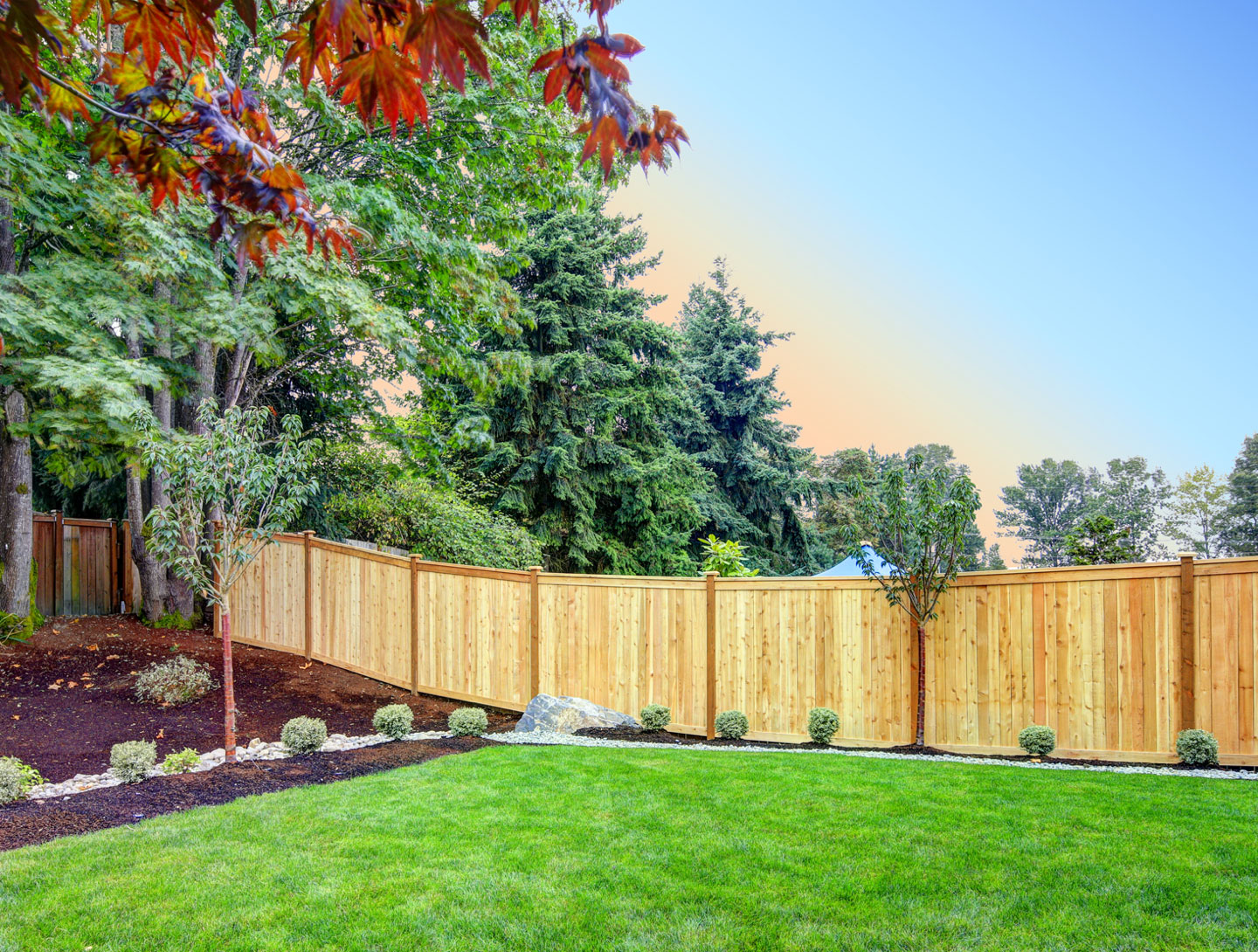 Ergeon – What is a Good Neighbor Fence?