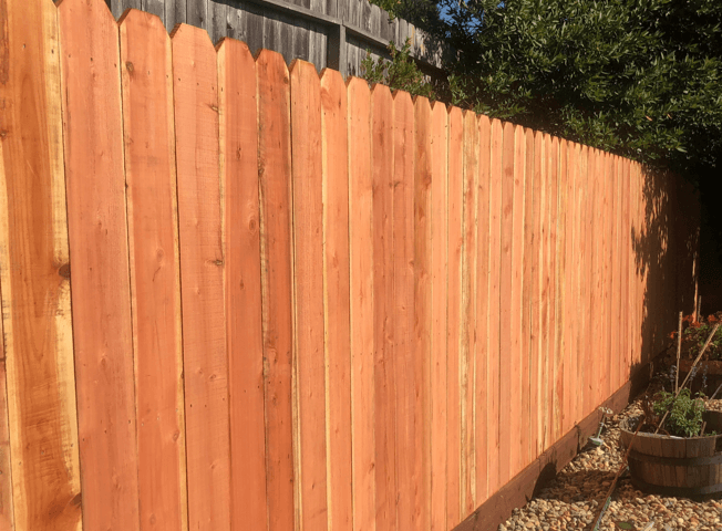 Basic dog-eared fence