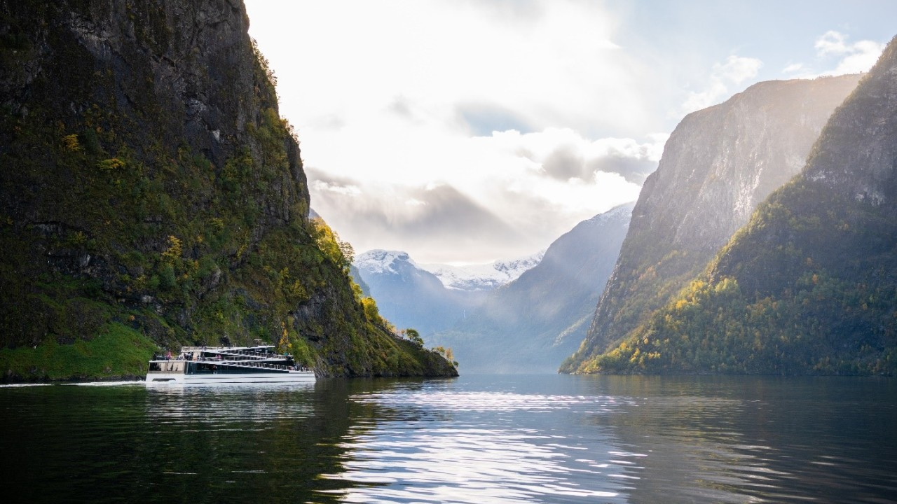 «Future of The Fjords» i Nærøyfjorden.