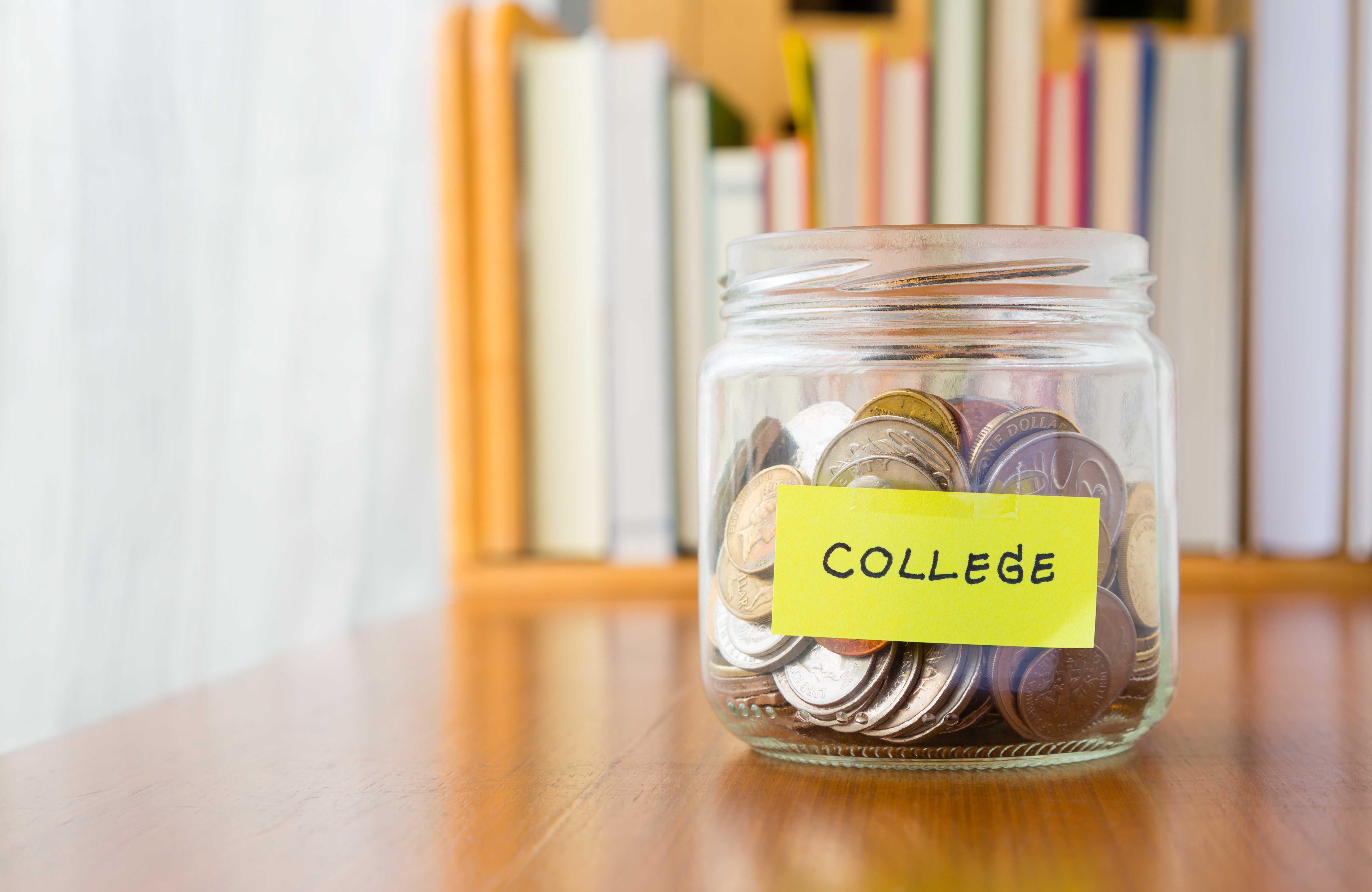 The 6 steps to save money while in college