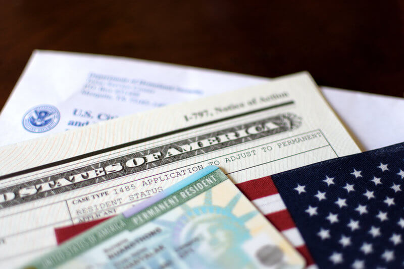 How to transition from an O-1 visa to an EB-1 green card visa