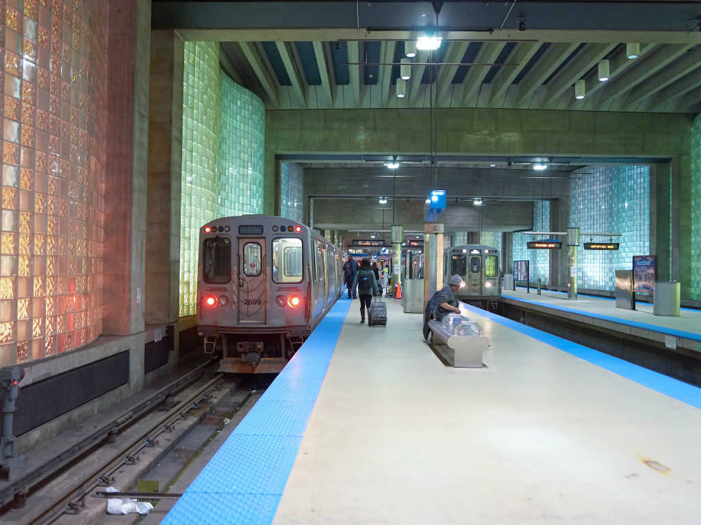 Chicago Blue Line train at O'Hare