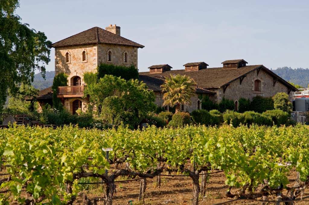 Tuscan-style farmhouse in Napa Valley, California