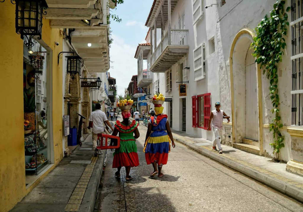 Palenquera women in Cartagena
