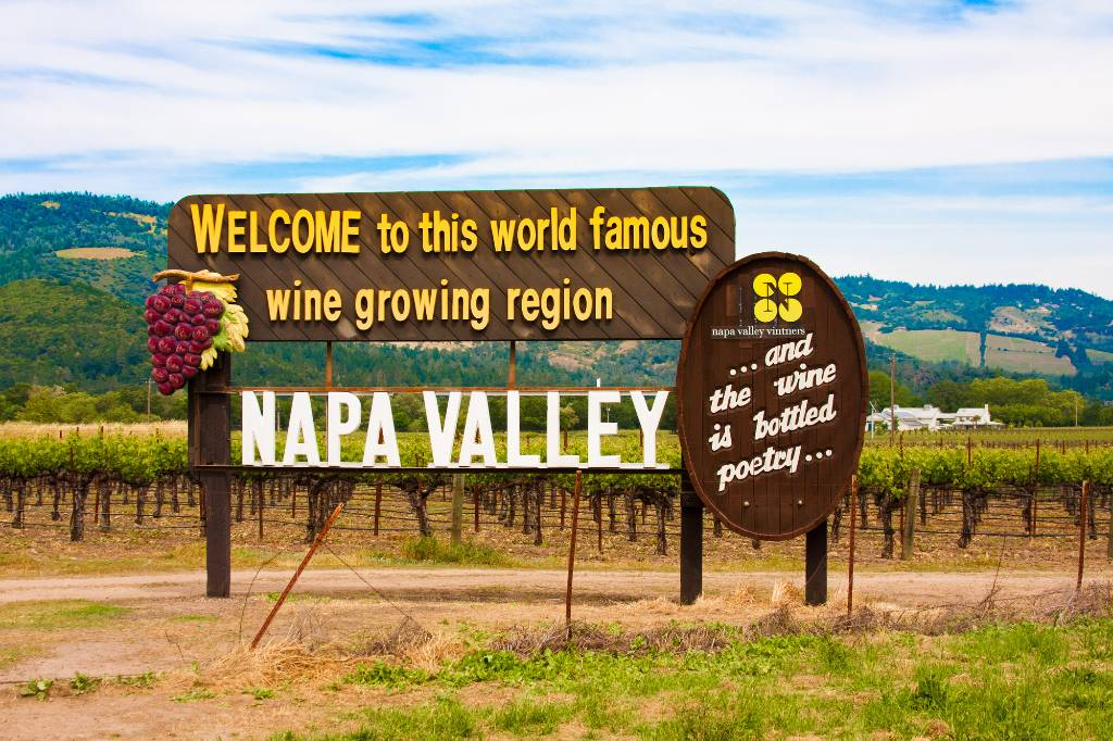 Napa Valley welcome sign.