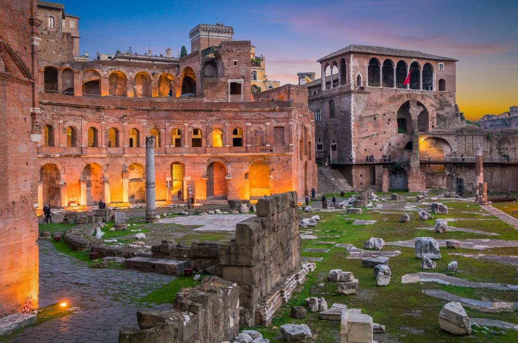ruins in Rome.
