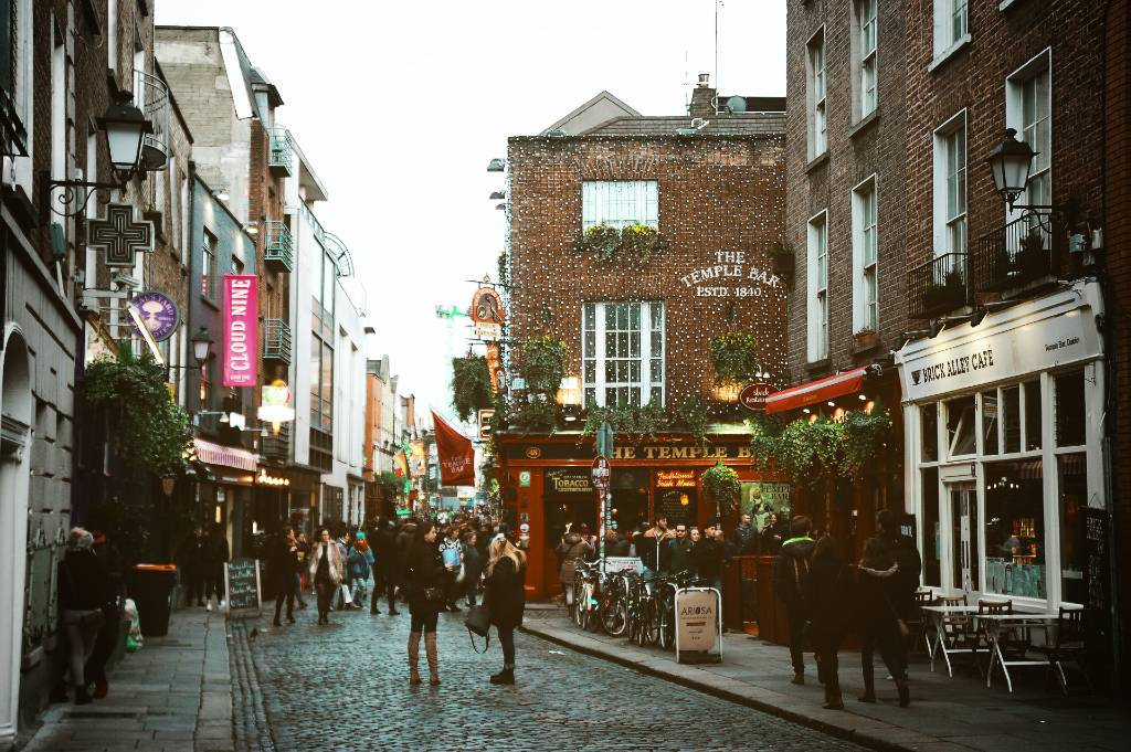 street with pubs in Dublin.