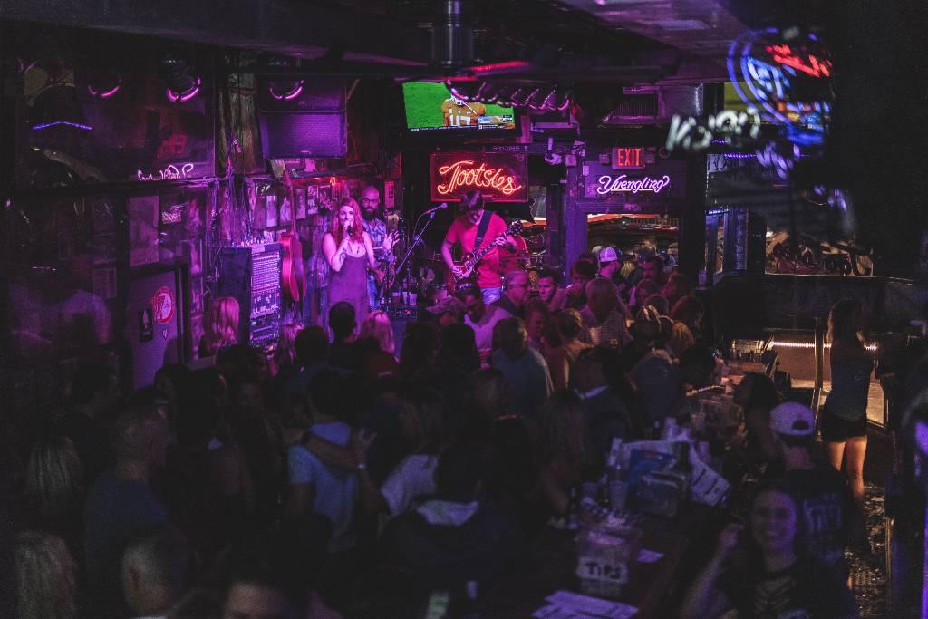live music in Nashville.